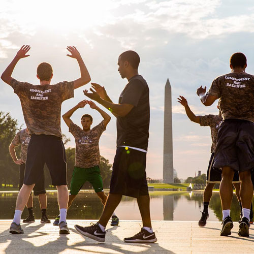 The GW Men's Basketball Team works out on the National Mall